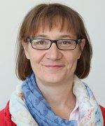 Astrid Held Mitten aus der Eifel Versicherung