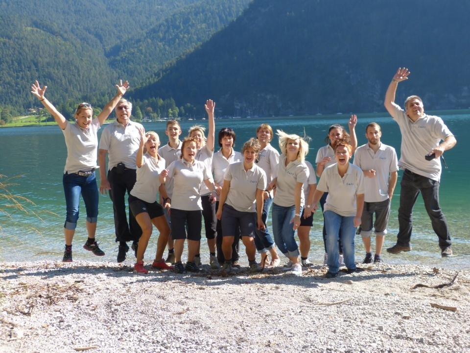 Das Team der Robert Zapp GmbH - Versicherungsmakler und Grenzgängerberatung am Jübiläumsausflug Achensee 2014